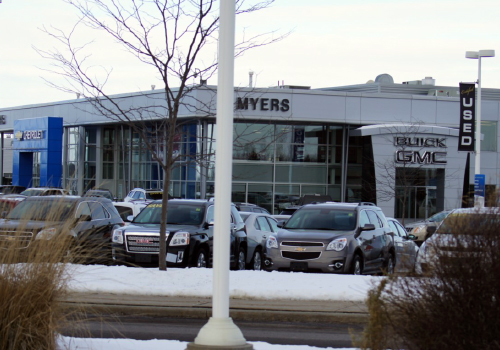 auto_2011_10_Myers_Chev_Buick_GMC_Kanata_002